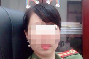Nữ trung tá công an bị tố 'quỵt' 2 triệu đồng taxi, mẹ đẻ xin lỗi thay và trả tiền cho tài xế