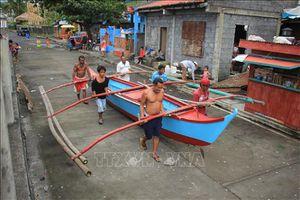 Mưa lũ nghiêm trọng nhất trong nhiều thập kỷ ở Philippines, hàng chục nghìn người đi sơ tán