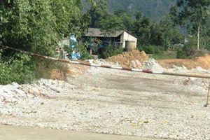 Dựng barie chặn bến thủy trái phép hoạt động ở Ninh Bình