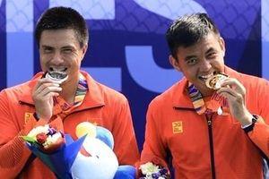 Lý Hoàng Nam lần đầu giành HCV quần vợt SEA Games 30