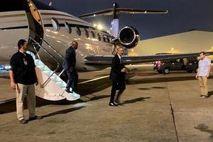 Bất ngờ chuyên cơ chở ông Obama đáp xuống Tân Sơn Nhất
