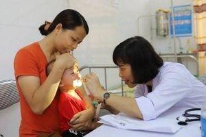 Nhiều kỹ thuật y tế mới 'theo chân' bác sĩ trung ương về cơ sở