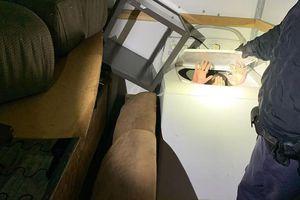 11 người Trung Quốc trốn trong máy giặt nhập cư bất hợp pháp vào Mỹ