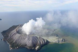 Tin tức thế giới 12/12: New Zealand nhập 120 mét vuông da người cứu nạn nhân vụ núi lửa phun