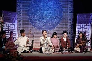 Nhạc sĩ Nguyễn Quang Long dí dỏm làm nhạc để 'Trách ông Nguyệt Lão'