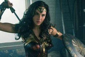 Vì sao Wonder Women không có khiên và kiếm trong bộ phim 1984?