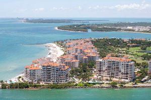 Bên trong hòn đảo giàu có bậc nhất nước Mỹ