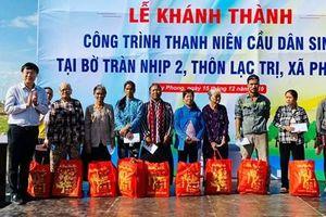 Tặng quà gia đình chính sách tỉnh Bình Thuận