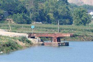 Ai cấp phép tạm cho bến thủy trái phép ở Ninh Bình hoạt động?