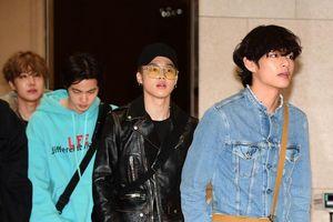 Sân bay: DBSK và EXO kiệt sức,V - Jin (BTS) và Jaehyun (NCT) đẹp đến ngộp thở