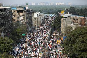 Ấn Độ: Biểu tình trên mạng xã hội chống luật công dân