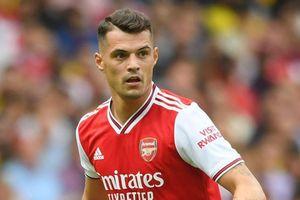 Chuyển nhượng sáng 21/12: MU được tiến cử 2 cái tên; Xhaka rời Arsenal