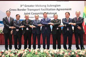 Thúc đẩy triển khai Hiệp định Vận chuyển hành khách, hàng hóa qua biên giới