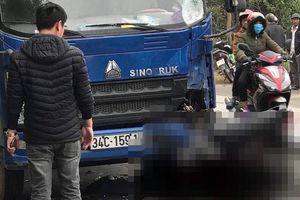 Một người tử vong vì đâm xe máy vào cột mốc ven đường