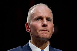 CEO Boeing bị sa thải giữa khủng hoảng 737 MAX