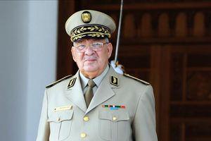 Tổng tham mưu trưởng quân đội Algeria đột ngột qua đời