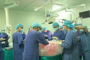 Lần đầu ghép phổi thành công cho người bị bệnh tim bẩm sinh ở Việt Nam