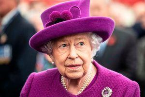 Một năm đầy sóng gió của Hoàng gia Anh