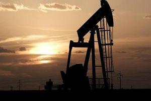 Giá dầu tăng mạnh sau khi đợt không kích của Mỹ làm một tướng lĩnh chủ chốt Iran thiệt mạng