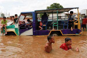 43 người thiệt mạng do mưa lũ tại Indonesia