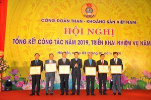 Công đoàn TKV: Hỗ trợ 135 công nhân xây, sửa Mái ấm công đoàn