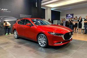 XE HOT (4/1): Bảng giá ôtô VinFast mới nhất, 10 xe hơi đáng mua nhất năm 2020