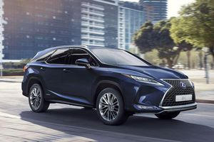 Giá xe ô tô Lexus mới nhất tháng 1/2020: Thêm phiên bản RX 450h 2020