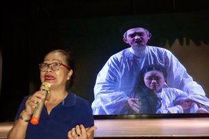 'Nguyễn Thị Lộ' Tú Trinh trải lòng với diễn viên trẻ