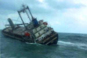 Đảm bảo an toàn trục vớt tàu nước ngoài chìm trên biển Hà Tĩnh