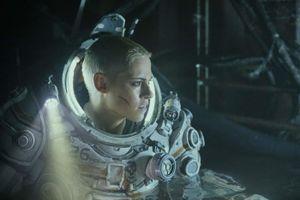 'Underwater' - hành trình sinh tồn dưới đáy biển cùng Kristen Stewart