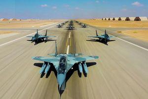 Bắt chước 'nhà giàu' Mỹ, Ai Cập cho dàn MiG-29M/M2 ra trình diễn 'Voi Đi Bộ'