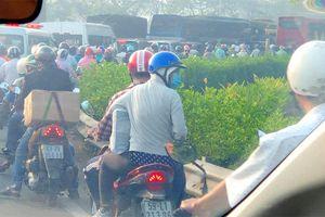 Kẹt xe nghiêm trọng trên tuyến đường về miền Tây