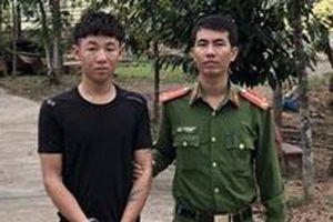 Hai thanh niên trốn truy nã bị bắt khi về quê ăn Tết