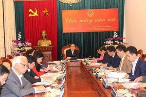 Bí thư Hà Nội: Cán bộ không được bỏ bê công việc để đi lễ hội, chúc Tết