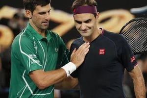 Clip Federer 'tan tành' trước Djokovic
