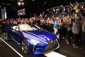 Lexus LC500 Convertible bản thương mại đầu tiên, giá hơn 46 tỷ đồng