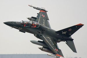 Khả năng mô phỏng cực độc của máy bay Yak-130 Không quân Việt Nam sắp sở hữu