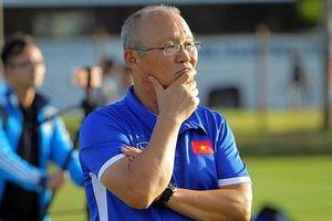 Thầy Park đón nhận tin không vui trước trận vòng loại World Cup 2022