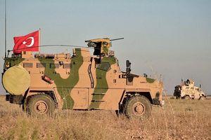 Thổ Nhĩ Kỳ đưa hàng trăm xe quân sự qua biên giới Syria
