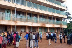 Giẫm đạp tại một trường tiểu học ở Kenya, ít nhất 13 học sinh thiệt mạng