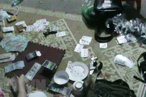 Khởi tố 11 đối tượng đánh bạc trong rẫy càphê ở Đắk Nông