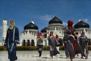 Indonesia cân nhắc giảm giá vé máy bay để thúc đẩy du lịch nội địa
