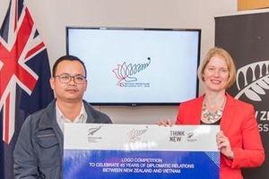 Công dân Hồ Tú Anh chiến thắng cuộc thi thiết kế logo quan hệ ngoại giao giữa New Zealand và Việt Nam