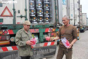 Giải cứu nông sản do virus corona: 111 conainer thông quan qua cửa khẩu Hữu Nghị