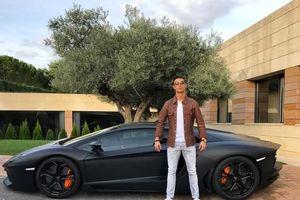 Xe sang Ronaldo nhận từ bạn gái
