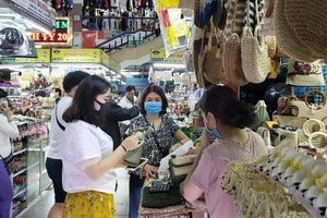 Tiểu thương Đà Nẵng chủ động thích ứng trong thời dịch nCoV