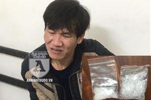 Giấu ma túy, kẻ chống đối bị Cảnh sát Cơ động khống chế tại chỗ