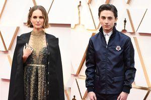 Váy 'đạo đức giả' và những trang phục gây tranh cãi tại Oscar 2020