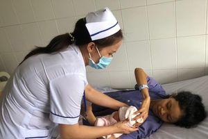 15 phút cứu sống mẹ, con sản phụ bị tim bẩm sinh nặng