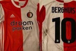 Văn Hậu đổi được áo đấu của tuyển thủ Hà Lan